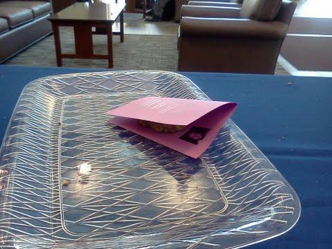 cookie plate, depaul university, depaulunderground.wordpress.com