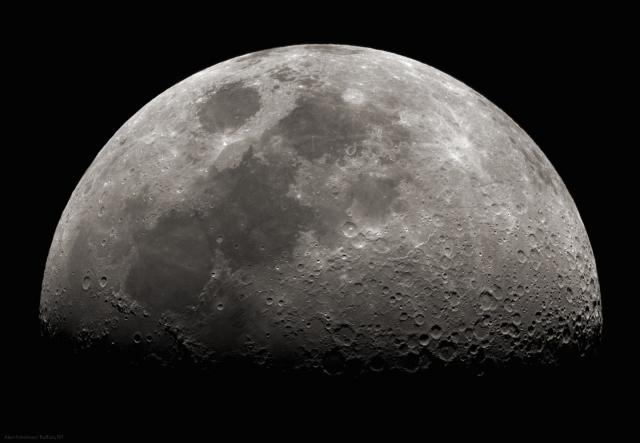 moonrise, depaulunderground.wordpress.com